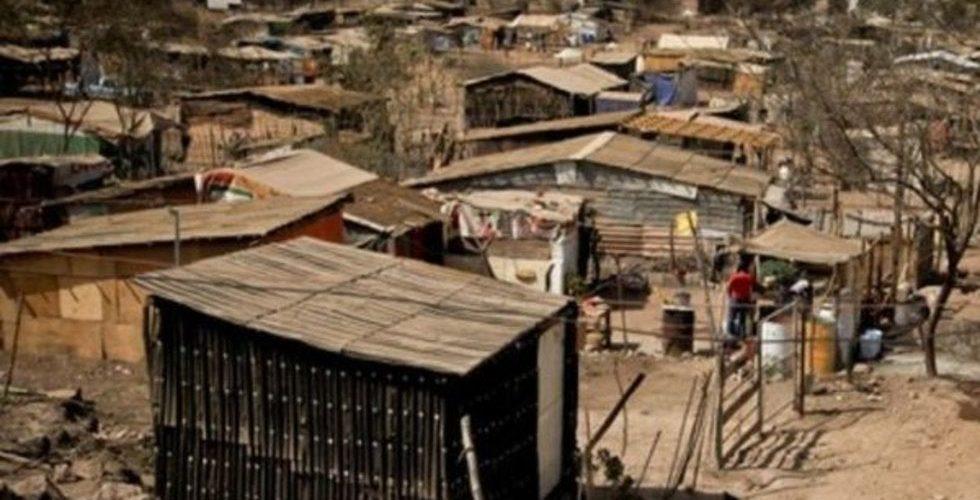 La pobreza en México disminuyó de 44.4 a 41.9% en 10 años: Coneval