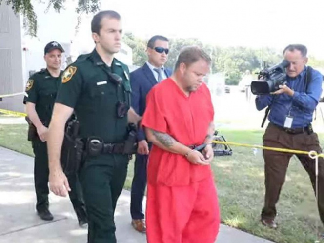 Arrestan a hombre que viajaba con cadáveres de toda su familia en Estados Unidos