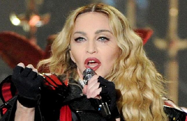 Madonna prohíbe los teléfonos celulares en su próximo concierto