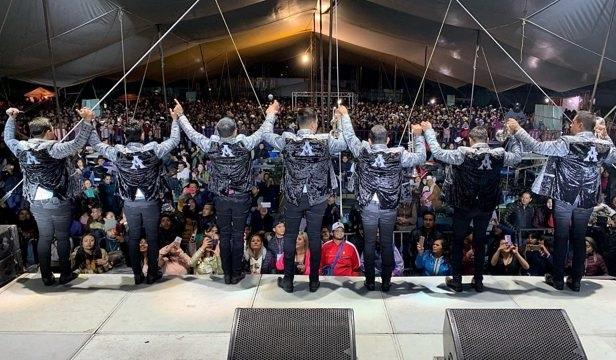Banda que actuará en festejos patrios cobra más de 2 mdp