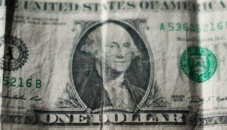 Dólar se mantiene por arriba de los 20 pesos