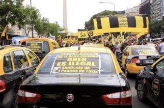 Protestan taxistas en Argentina contra Uber, Didi y otras aplicaciones