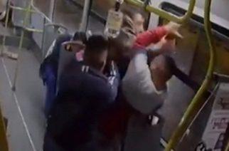 Pasajeros desarman y disparan a asaltantes de autobús en la CDMX