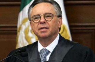 Avalan renuncia de Medina Mora