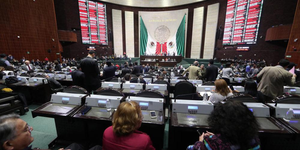 Mario Delgado niega aumento de aguinaldo a diputados