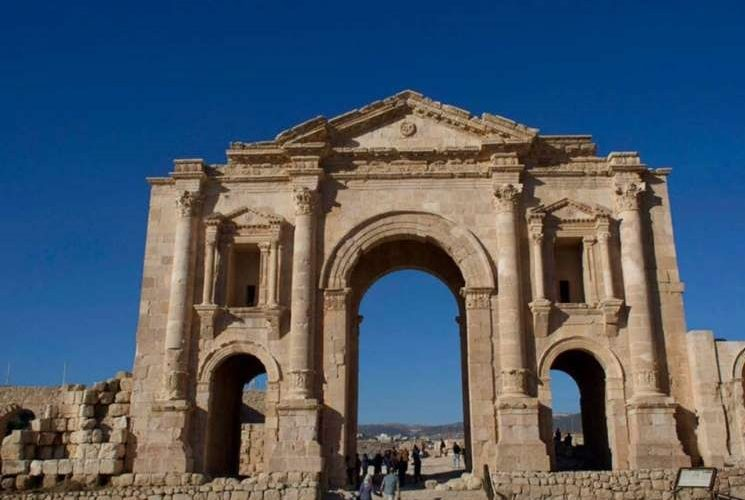 Hieren a 3 turistas mexicanos en Jordania