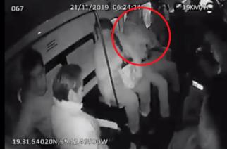 Captan tiroteo en combi durante intento de asalto