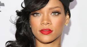 """Rihanna lanza por sorpresa su nuevo disco """"Anti"""""""