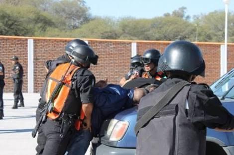 La Policía Estatal alerta por falsos encuestadores del INEGI ladrones