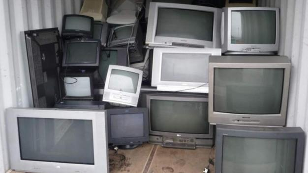 Crisis en Televisa provoca más cambios en noticieros y recortes en espectáculos