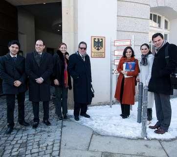 Inicia gira económica y cultural de Carlos Lozano en Alemania