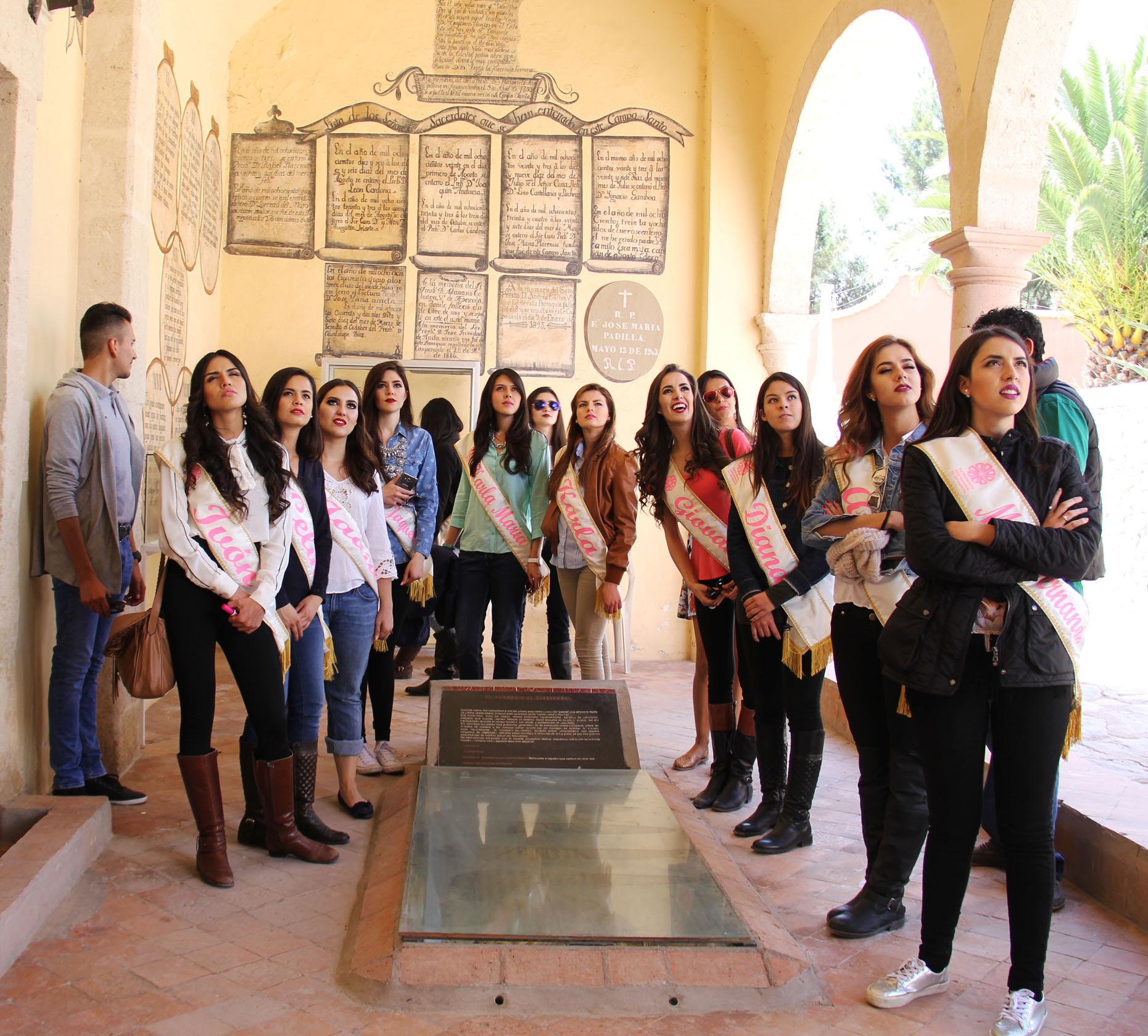 Candidatas a reinas de la FNSM concluyen capacitación turística