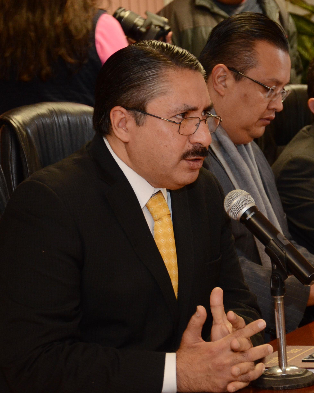 Se mejoró la atención hacia la ciudadanía en la FGE: Oscar González
