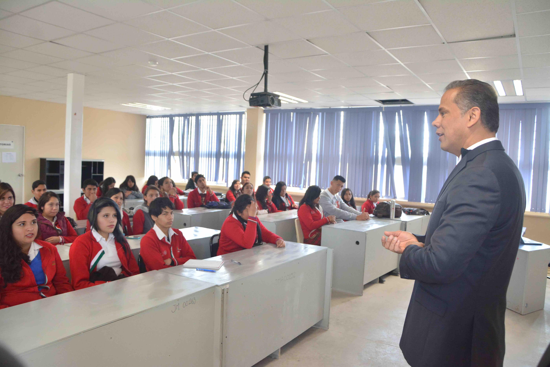 Promueve Toño Arámbula valores entre la comunidad estudiantil de JM