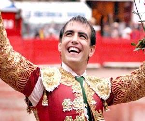 Homenajean a Arturo Macías en Aguascalientes