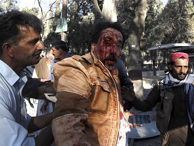Atentado terrorista en Pakistán, al menos 9 muertos