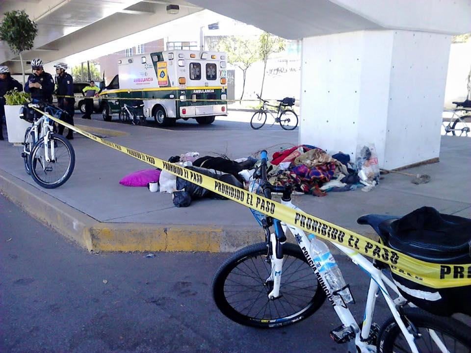 Encuentran muerto a indigente en Alameda y Convención