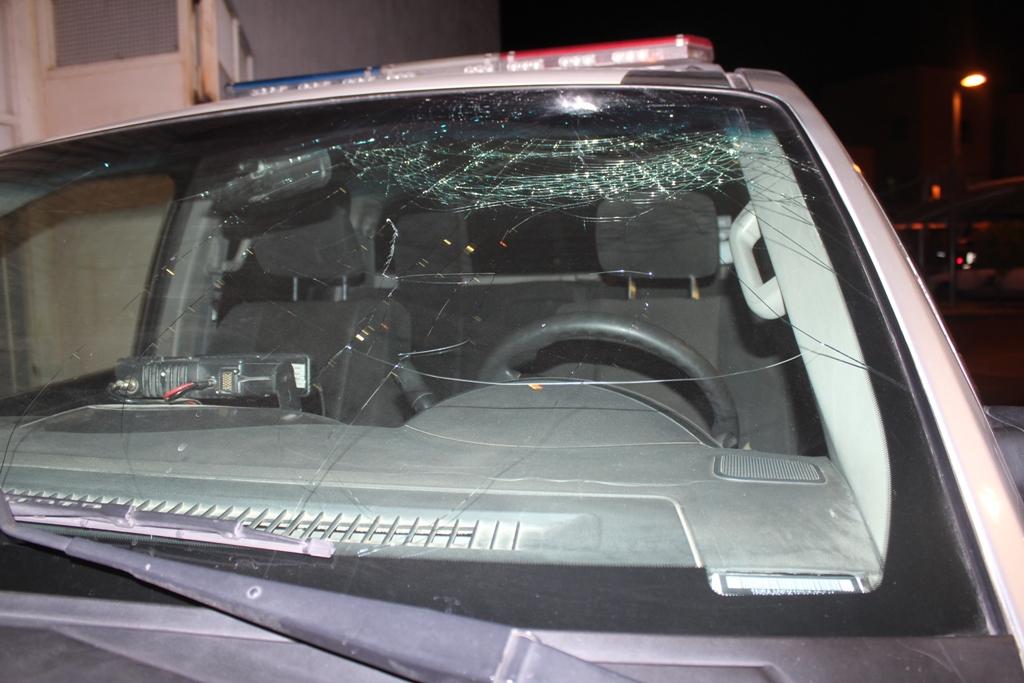 """Capturan a otro escuincle """"destroyer""""; atacó a un auto y una patrulla"""