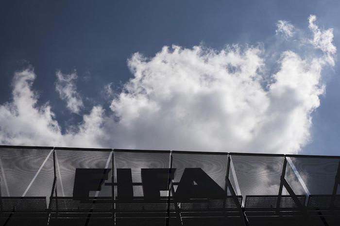 La FIFA se victimiza para no perder patrocinadores