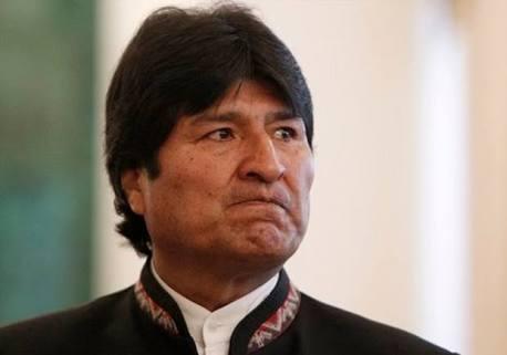 Acusan a Evo Morales de tráfico de influencias