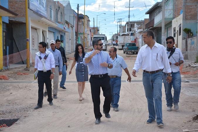 Supervisa el alcalde de Jesús María las obras que se desarrollan en el Centro Histórico