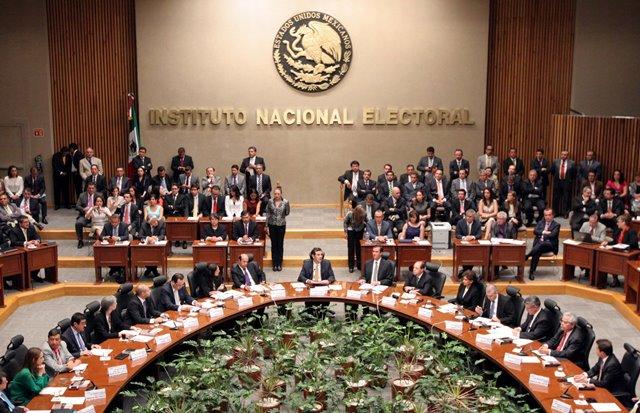 Interpone INE denuncia por mal uso de la Lista Nominal de Electores