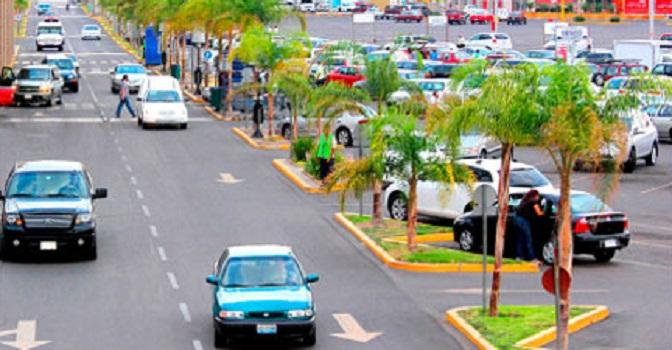 Prohibición de cobro en estacionamientos es una medida populista: COPARMEX