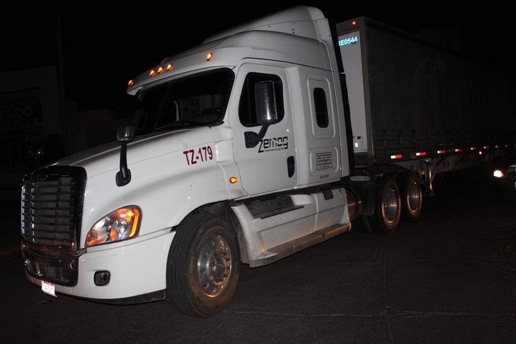 Recuperan en Aguascalientes trailer de cerveza robado en Ojuelos, Jalisco