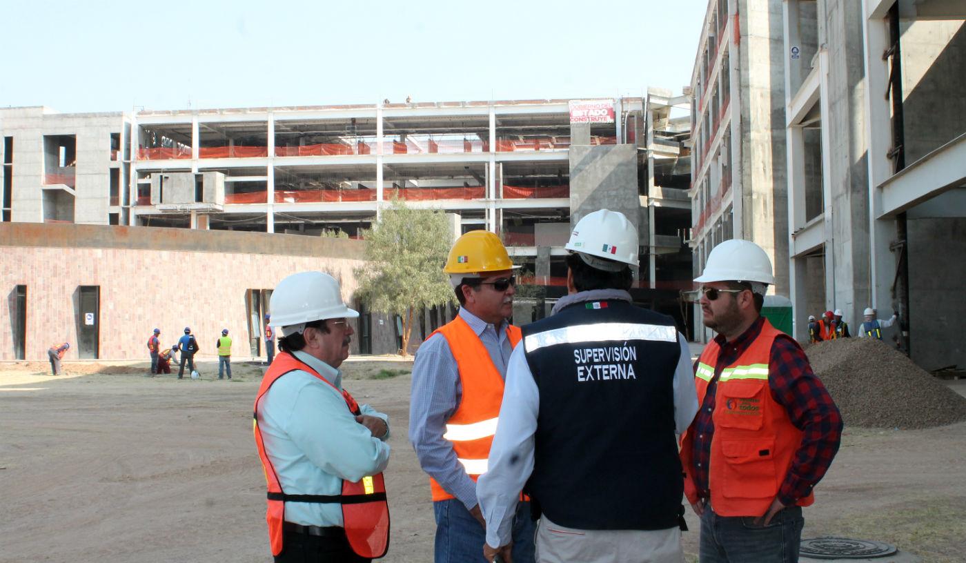 Supervisan construcción del Nuevo Hospital Hidalgo