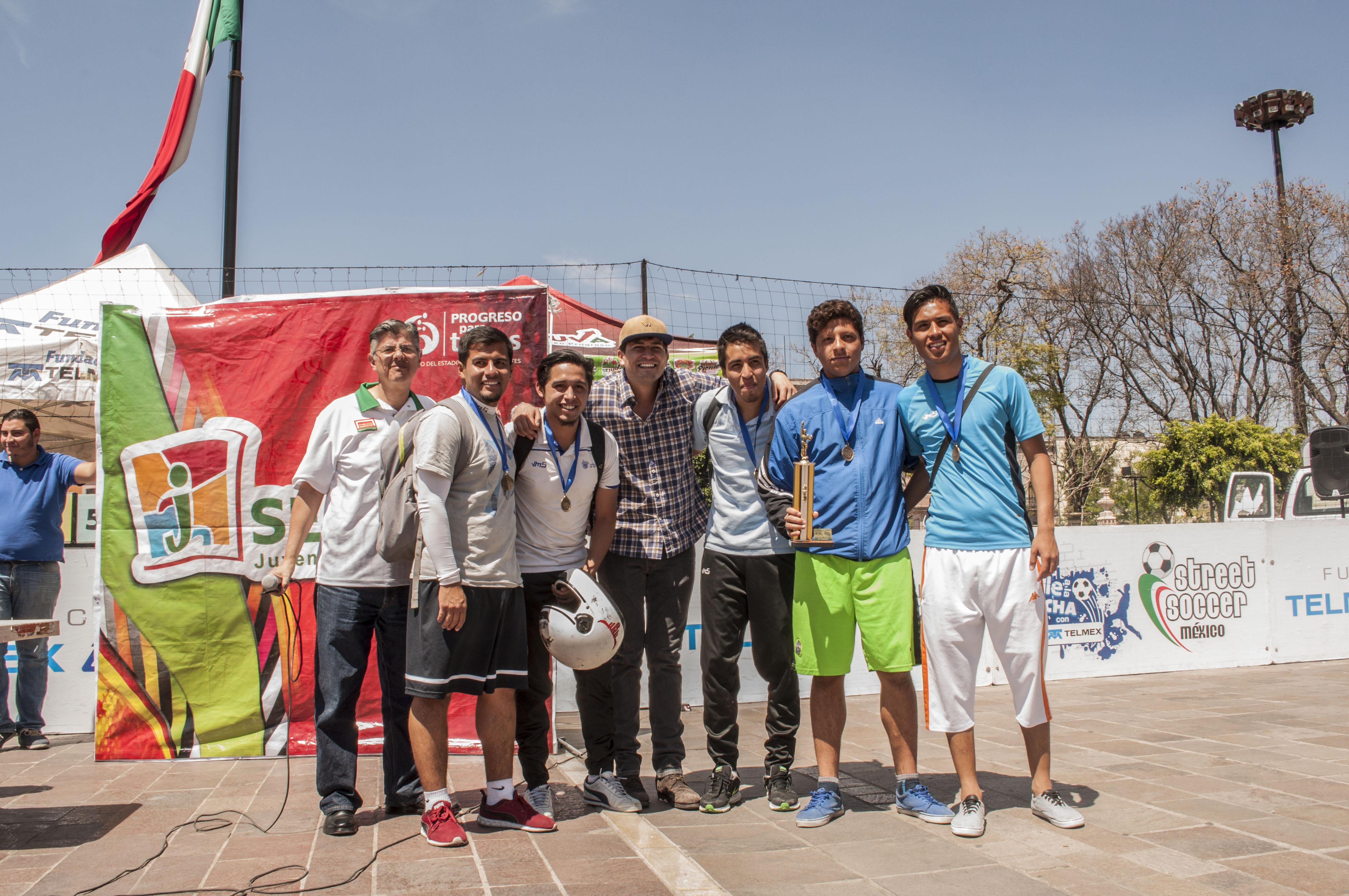 Concluye torneo de Street Soccer en la Plaza Principal
