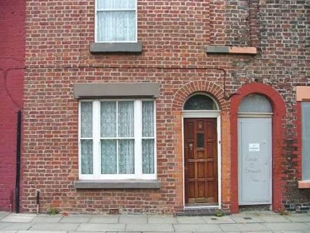 Fan de los Beatles compra casa donde creció Ringo Starr