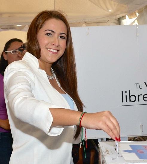 Participa activamente Tere Jiménez en la elección interna del PAN