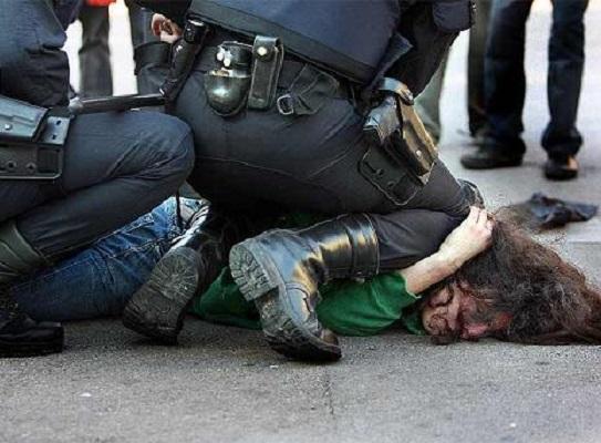 Policías salvan a ladrón de ser linchado en Aguascalientes