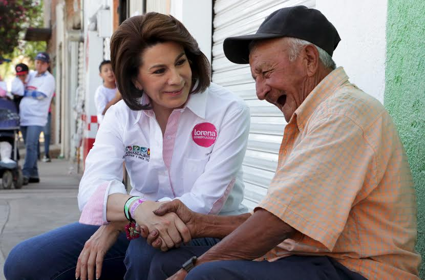 Apoyará Lorena Martínez con microcréditos para el autoempleo