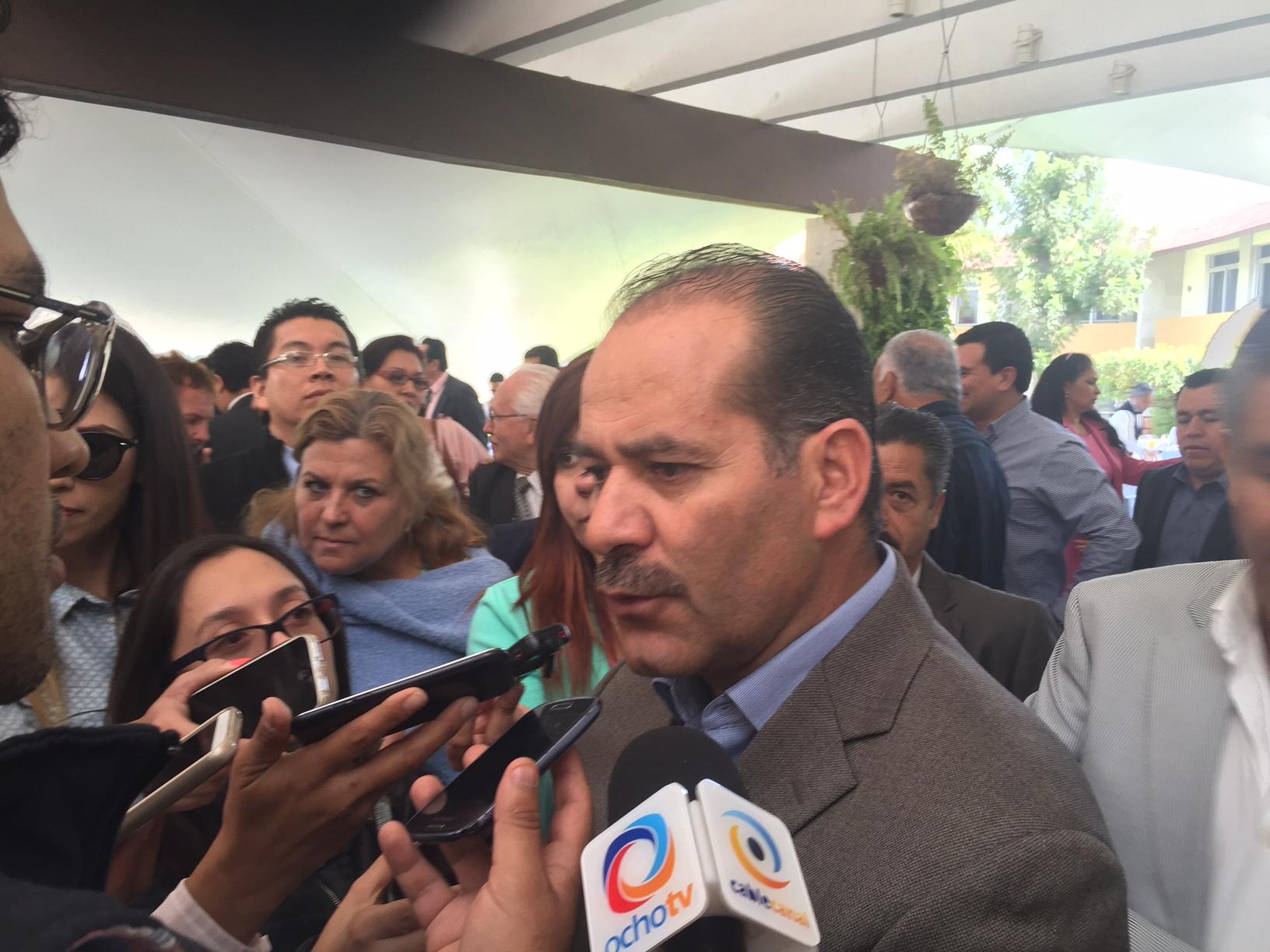 No se abrirán calles por intereses particulares: Martín Orozco