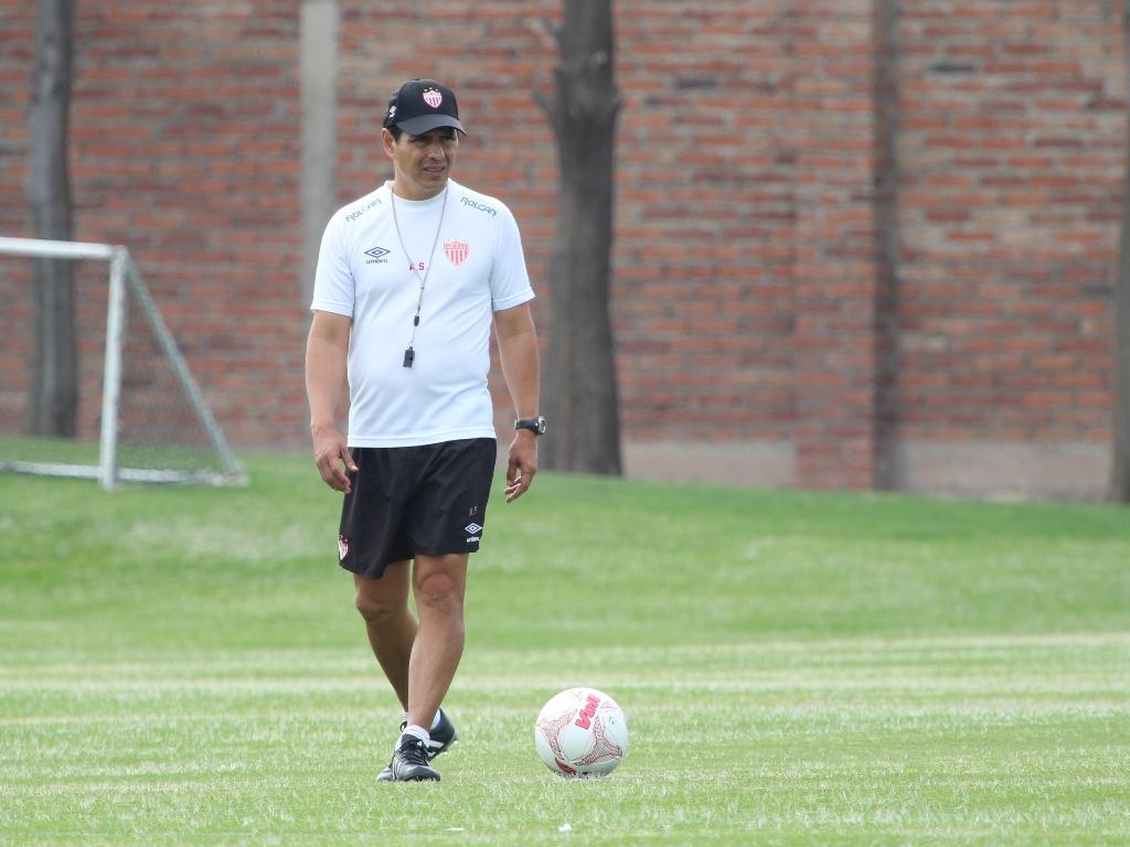 La Copa nos ilusiona, pero el único objetivo es el ascenso: Alfonso Sosa