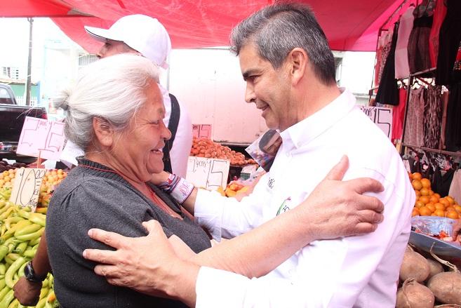 Generaremos más oportunidades de desarrollo para las mujeres: Dr. Ríos