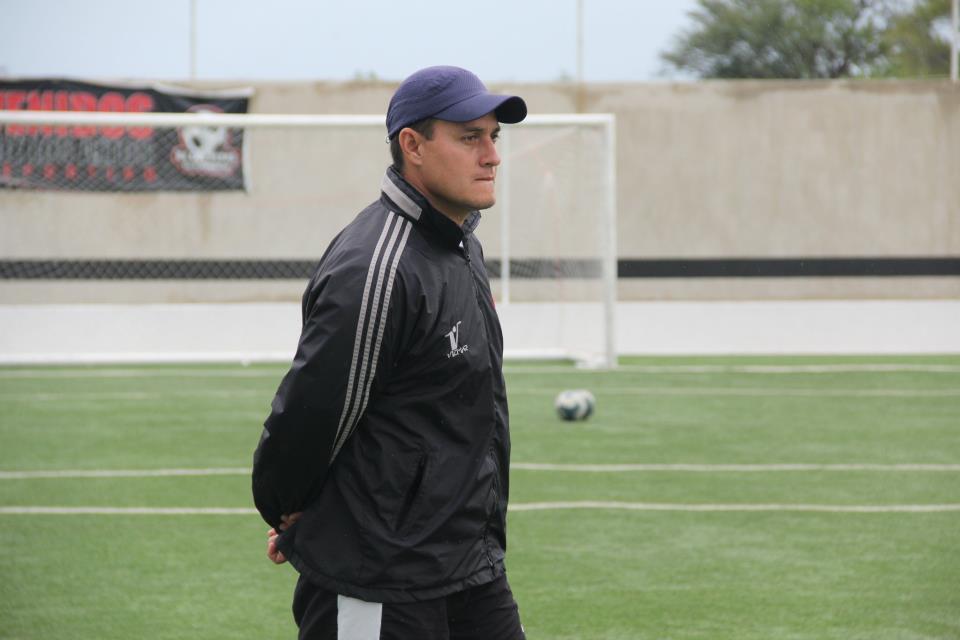 Al jugar Copa y Liga los jugadores se mantienen a tope físico: Hugo Parra