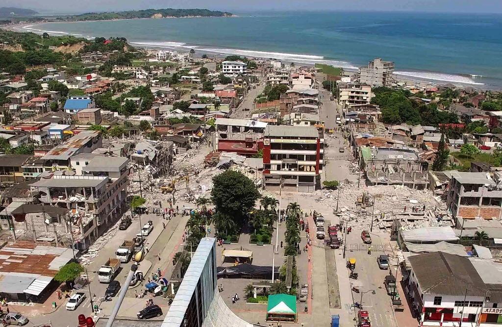 Calculan pérdidas por 3 mil mdd en Ecuador tras sismo