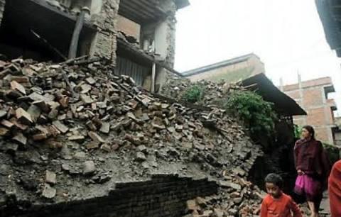 Entre 25 mil y 29 mil damnificados por sismo en Ecuador