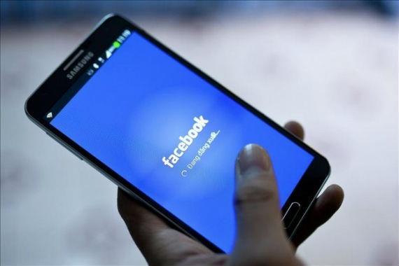 Roban ahorros a anciana mediante Facebook