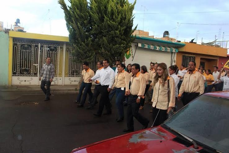 Pide Temo Escobedo a los 10 alcaldes unirse vs gasolinazo