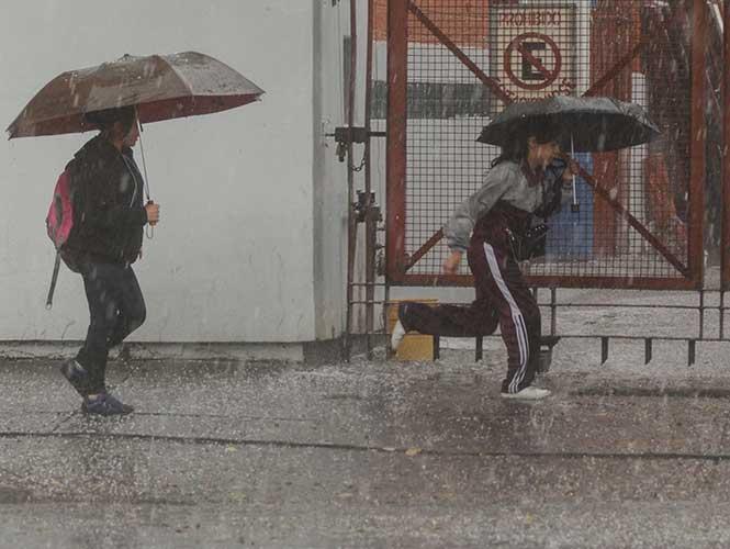 Pronostican lluvias aisladas, tormentas eléctricas y granizadas en Ags.