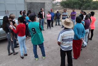Se reúne Mauricio González con vecinos de Cumbres III