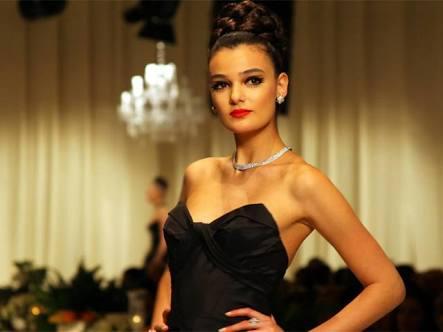 1 año de cárcel a Miss Turquía por insultar al Presidente