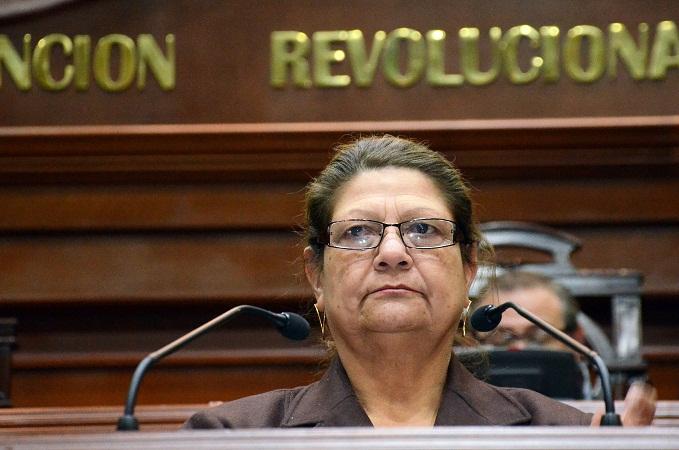 Esperemos que Juana Alicia Espinosa regrese lo que se llevó: Valdez