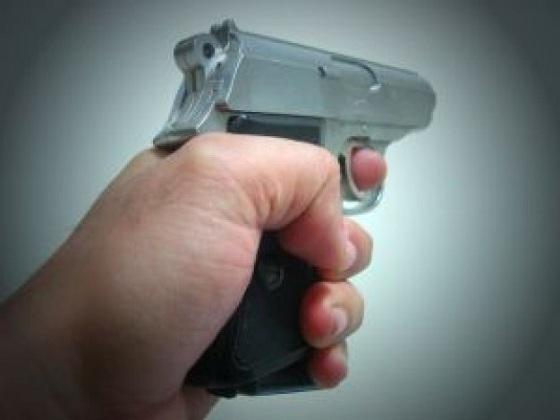 Termina baleado sujeto que intentó agredir a un policía en Aguascalientes