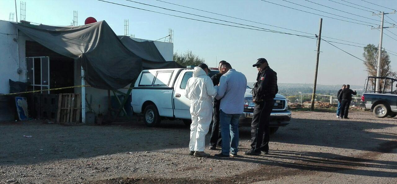 Comando ataca lonchería en Ags, mata a 1 sujeto y hiere de gravedad a una mujer