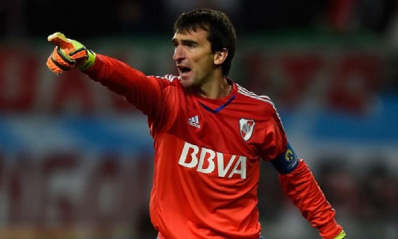Necaxa se refuerza con Marcelo Barovero