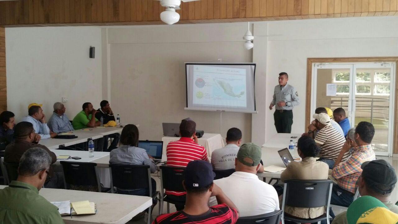 Intercambia México experiencias en el combate de incendios forestales